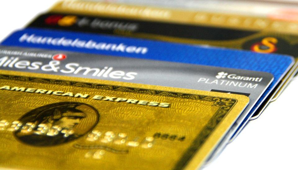 บัตรกดเงินสด 3 อันดับแรกที่มีผู้นิยมใช้บริการมากที่สุด