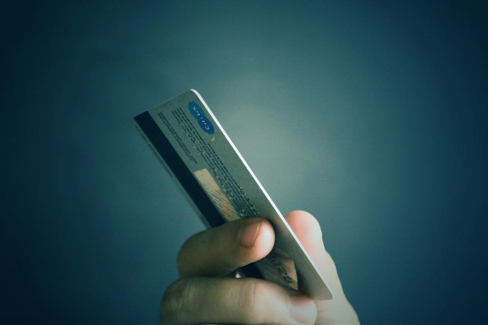 รวมข้อสำคัญที่ต้องรู้ สำหรับคนอยากมีบัตรเครดิต