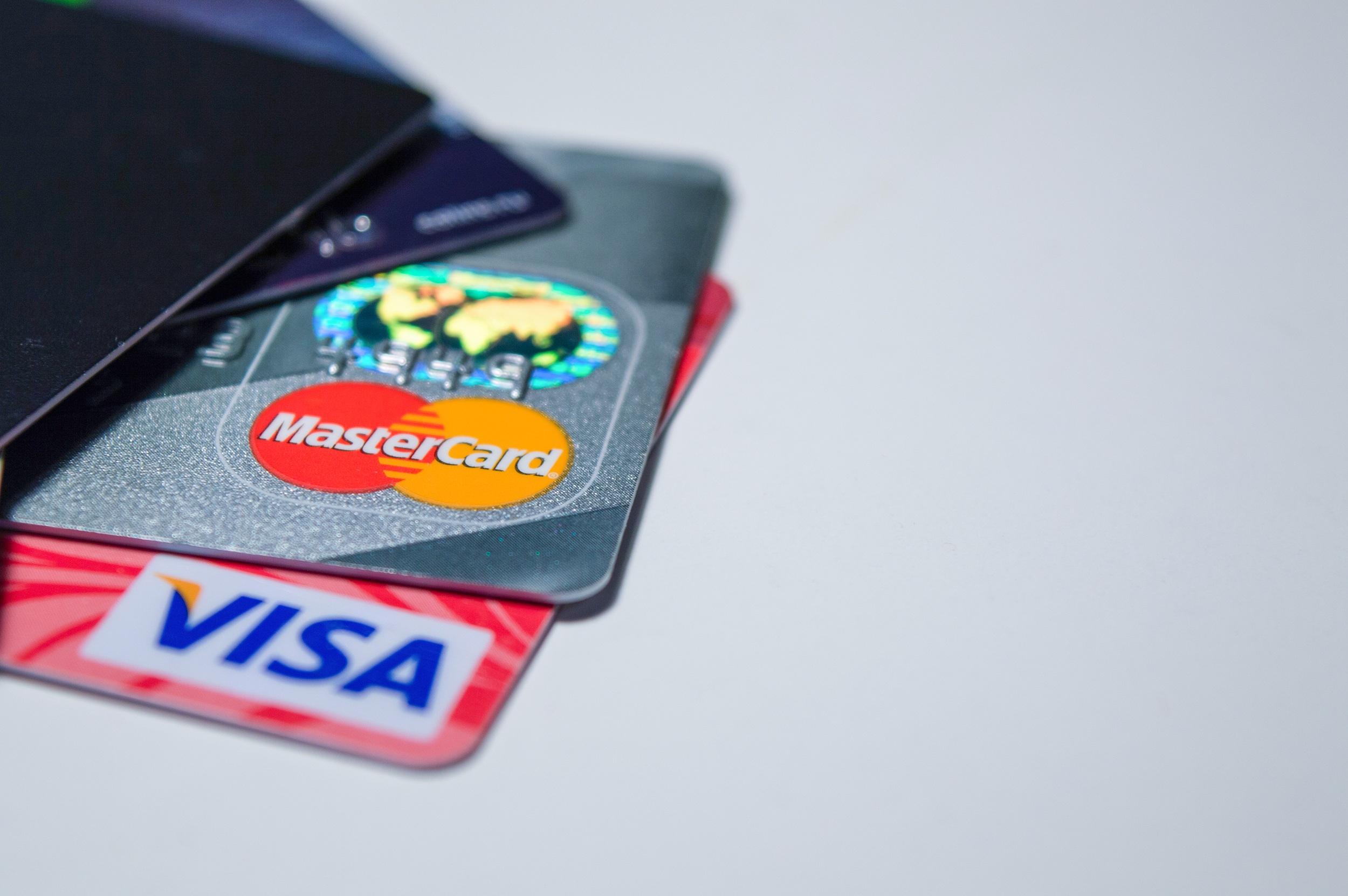 รีไฟแนนซ์บัตรเครดิตกับIBANKรวมหนี้บัตรเครดิตไว้ที่นี่ที่เดียว-imoney