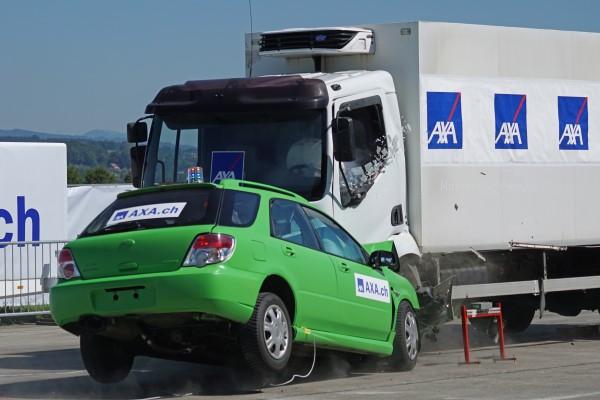 ประกันภัยรถยนต์ 2+ ถูกผิดรับเลย-ประกันภัยรถยนต์สินมั่นคง -imoney