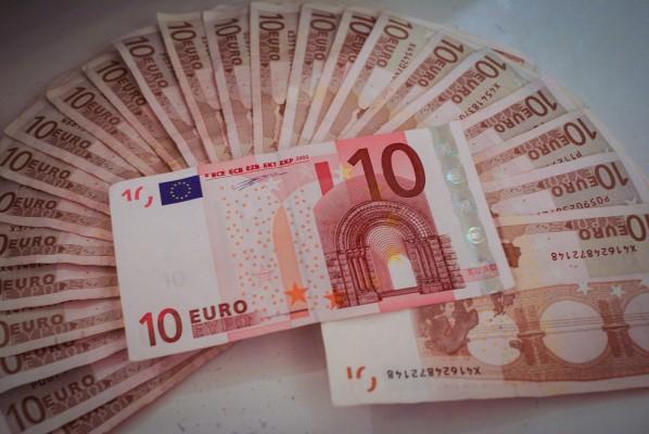 บัตรกดเงินสด เงินเดือน 9000 - สินเชื่อส่วนบุคคลเงินเดือน 9000-imoney