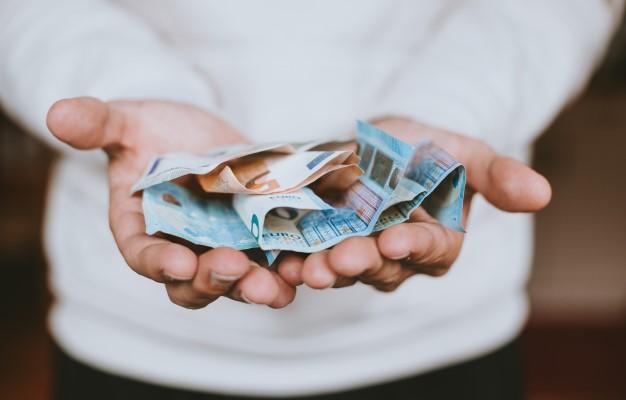 รวมบัตรกดเงินสดฐานเงินเดือน 8,000 บาท ที่น่าสนใจ-บัตรกดเงินสดเงินเดือน 8,000-imoney